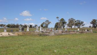 photo of Red Range Cemetery