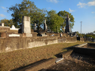 photo of Balmoral (section 9) Cemetery