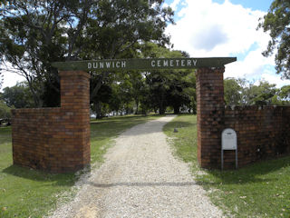 photo of Dunwich Cemetery