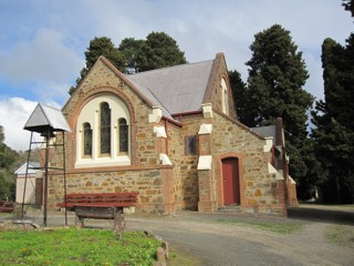 photo of St Thomas Anglican's Church burial ground
