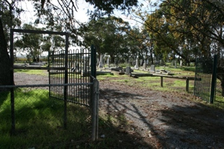 photo of St Stephen Anglican's Church burial ground
