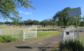 photo of Sunbury Cemetery