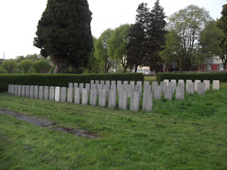 photo of Civilian War Grave section Cemetery