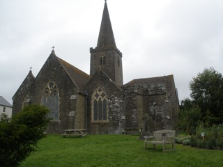 photo of St Edmund's Church burial ground