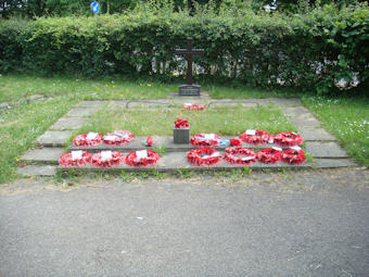 photo of St John Lychgate War Memorial
