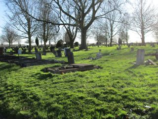 photo of Scartho Road (141-144 146-151) Cemetery