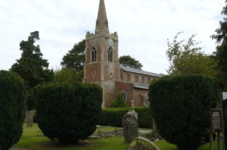 photo of St Nicholas 2's Church burial ground