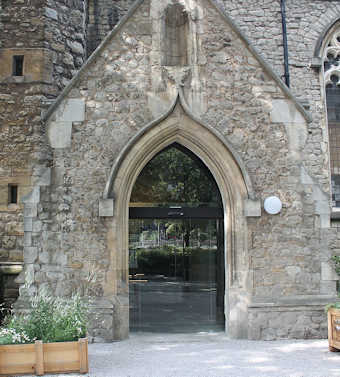 photo of St Mary at Lambeth's Church burial ground
