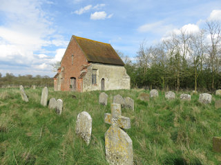 photo of St Mary (Old)'s Church burial ground