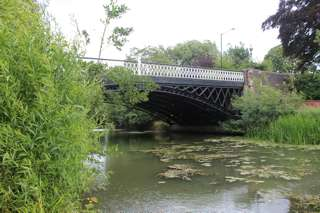 photo of Adelaide Bridge