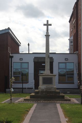 photo of Old War Memorial