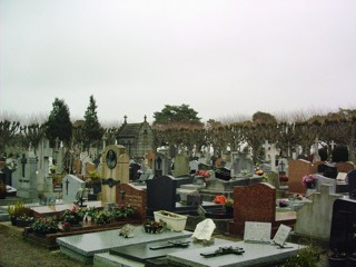 photo of St Michel's Church burial ground