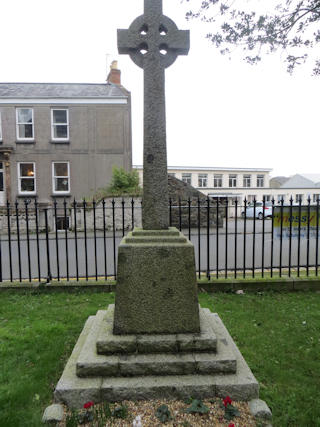 photo of St John War Memorial
