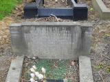 image of grave number 684447